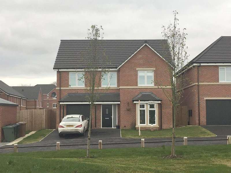 4 Bedrooms Detached House for sale in Mayfair Mount, Crossgates, Leeds