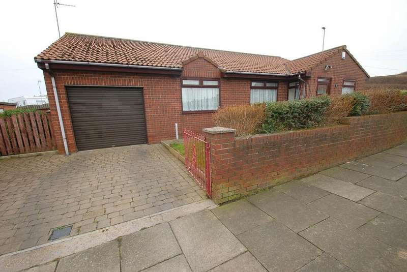 3 Bedrooms Bungalow for sale in Grotto Road, South Shields