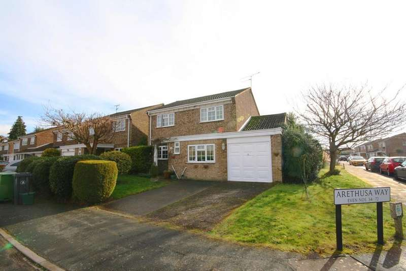 4 Bedrooms Detached House for sale in Bisley, Woking