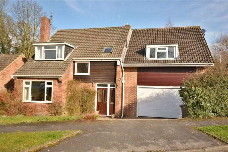 5 Bedrooms Detached House for sale in Elmete Drive, Roundhay, Leeds