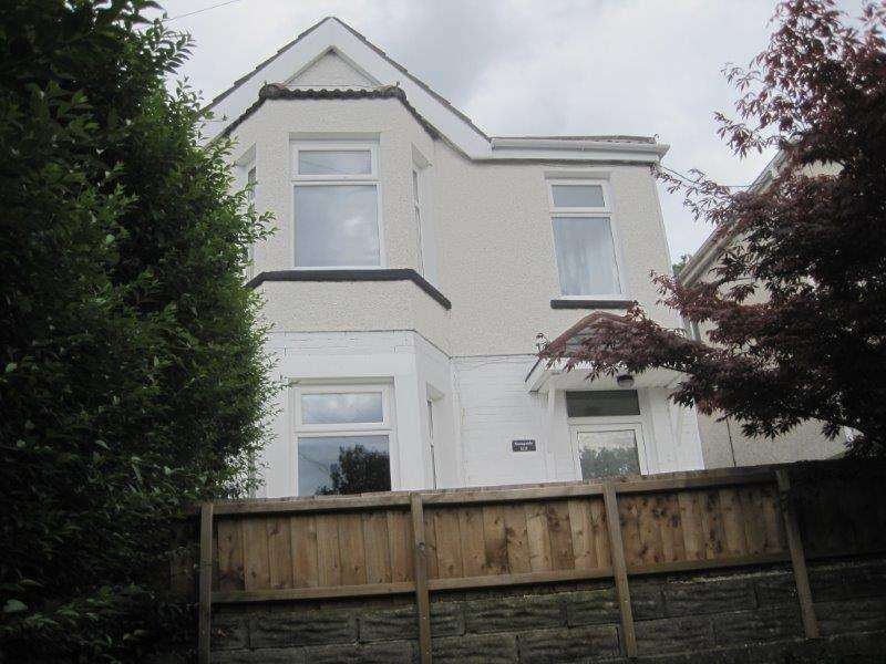 3 Bedrooms Semi Detached House for sale in 112 Old Road, Baglan, Port Talbot, Neath Port Talbot.