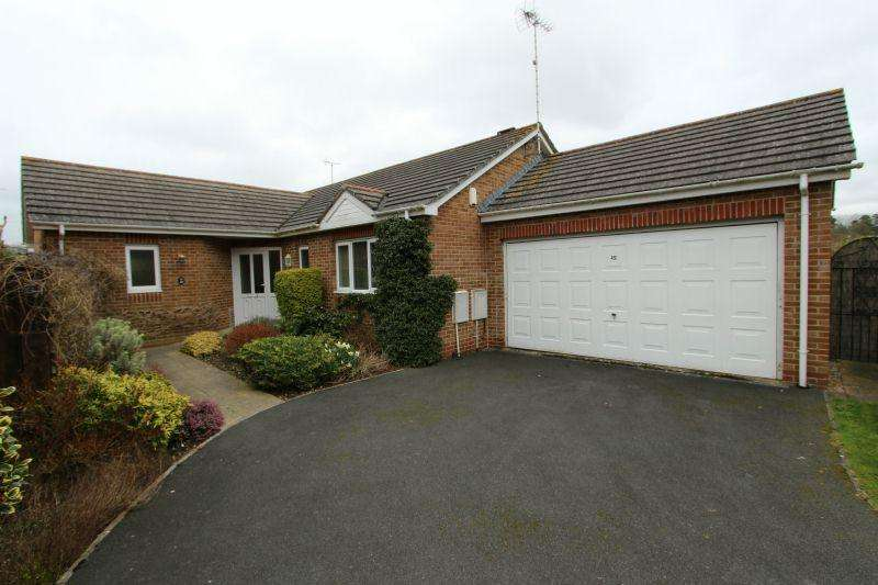 3 Bedrooms Detached Bungalow for sale in THORNE FARM WAY, OTTERY ST MARY