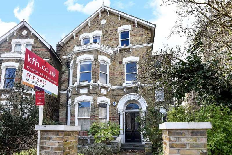 2 Bedrooms Flat for sale in Tressillian Crescent, Brockley, SE4