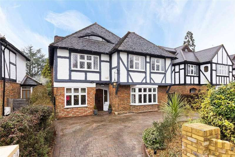 5 Bedrooms Detached House for sale in Lower Green Road, Esher, Surrey, KT10