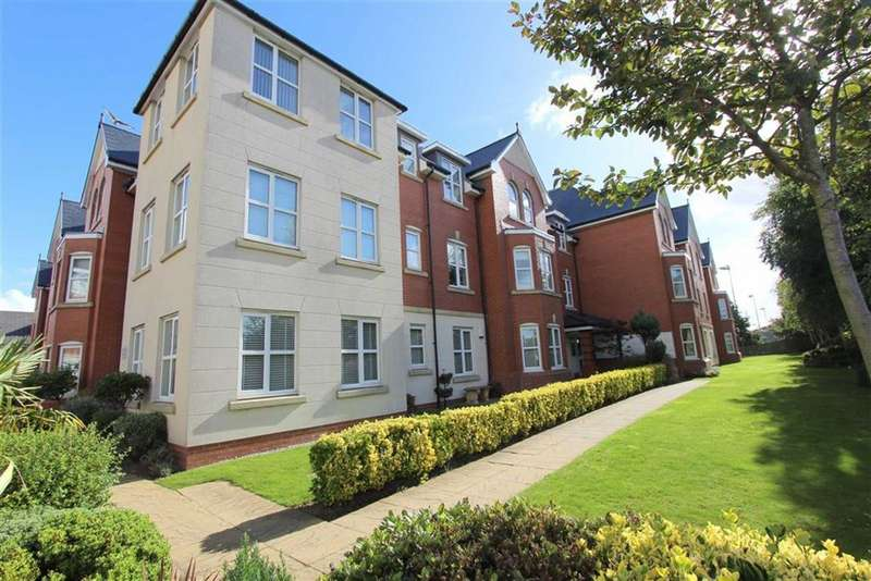 2 Bedrooms Property for sale in Woodlands View, Lytham St Annes, Lancashire