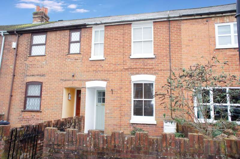3 Bedrooms Terraced House for sale in Lower Brook Street, Basingstoke, Hampshire, RG21 7RR