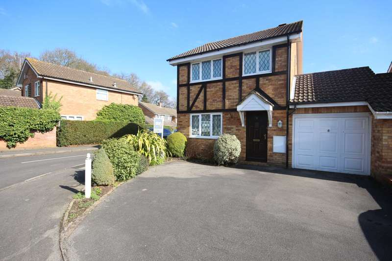 3 Bedrooms Link Detached House for sale in Tippits Mead, Bracknell