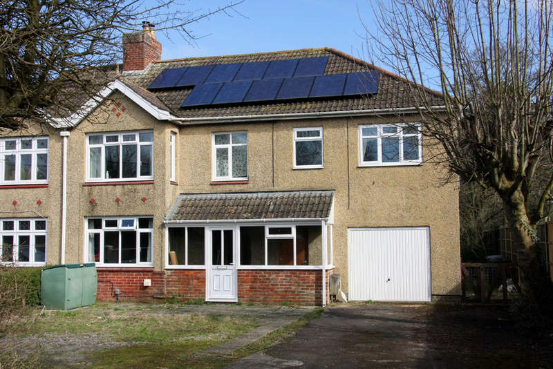 5 Bedrooms Semi Detached House for sale in The Spa, Melksham