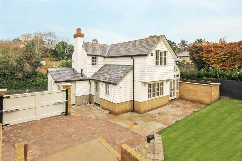 3 Bedrooms Semi Detached House for sale in Hertingfordbury Rd, Hertingfordbury, Herts