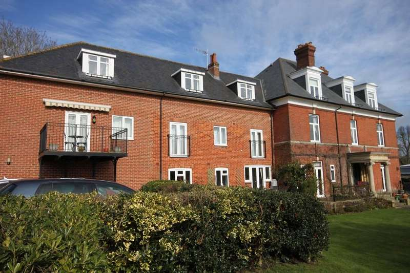 2 Bedrooms Apartment Flat for sale in BOURNE AVENUE, SALISBURY, WILTSHIRE