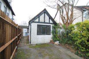 1 Bedroom Bungalow for sale in The Bridle Road, Purley, Surrey, .