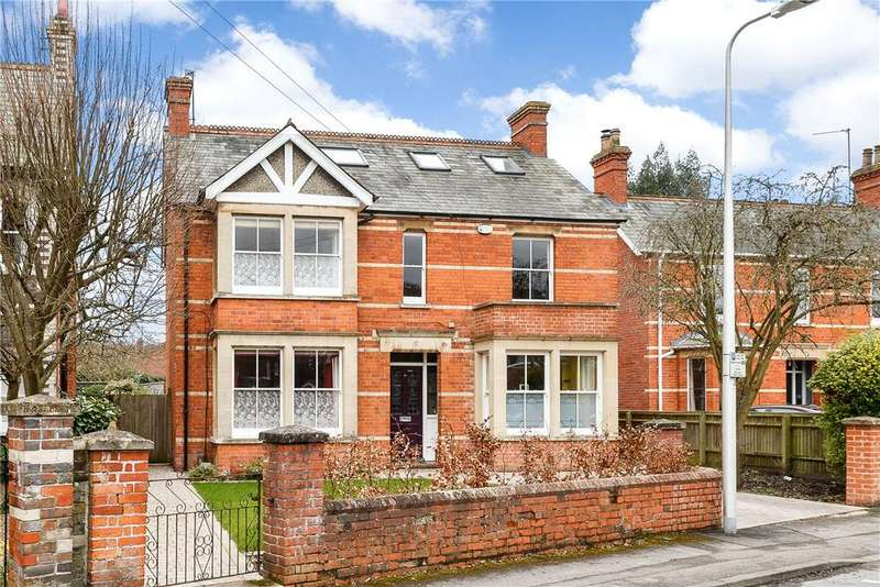4 Bedrooms Detached House for sale in Howard Road, Newbury, Berkshire, RG14