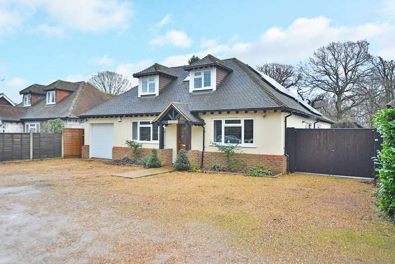 5 Bedrooms Detached House for sale in Send, Surrey