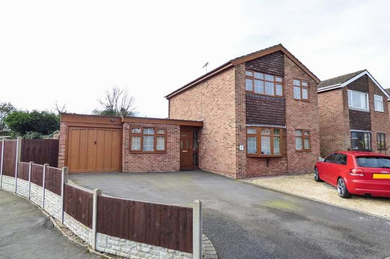 4 Bedrooms Detached House for sale in Collinson Road, Barton Under Needwood