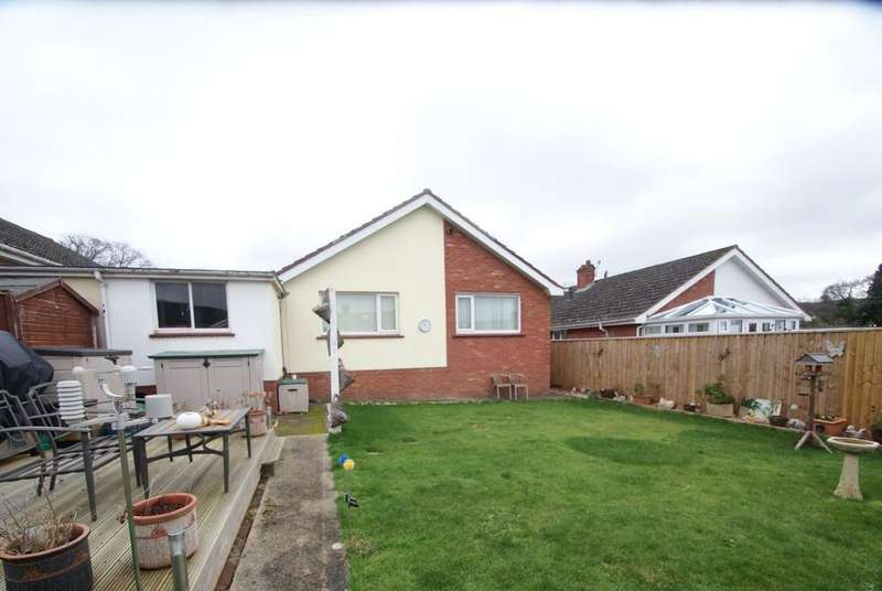2 Bedrooms Detached Bungalow for sale in Meadow Close | Kingskerswell | Newton Abbot