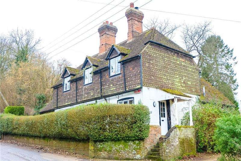 4 Bedrooms Detached House for sale in The Street, Petham, Canterbury