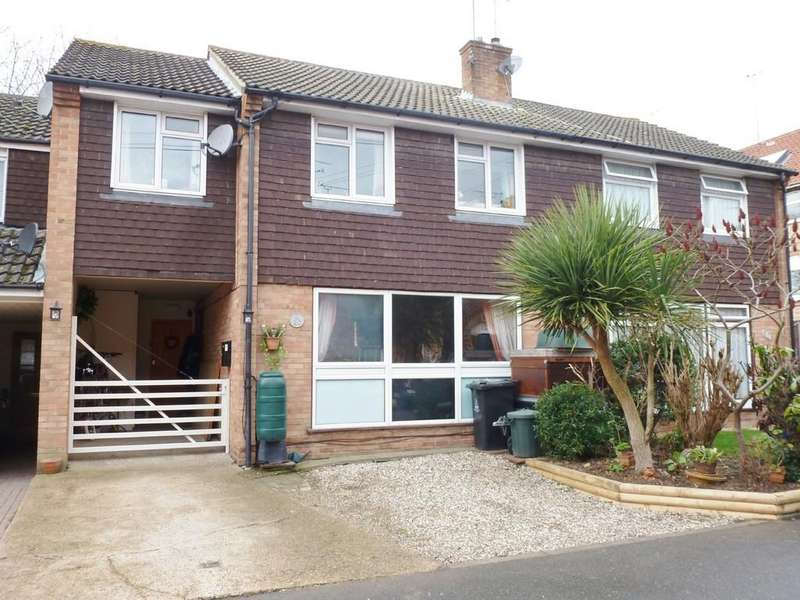 4 Bedrooms Semi Detached House for sale in Mount Pleasant, Maldon