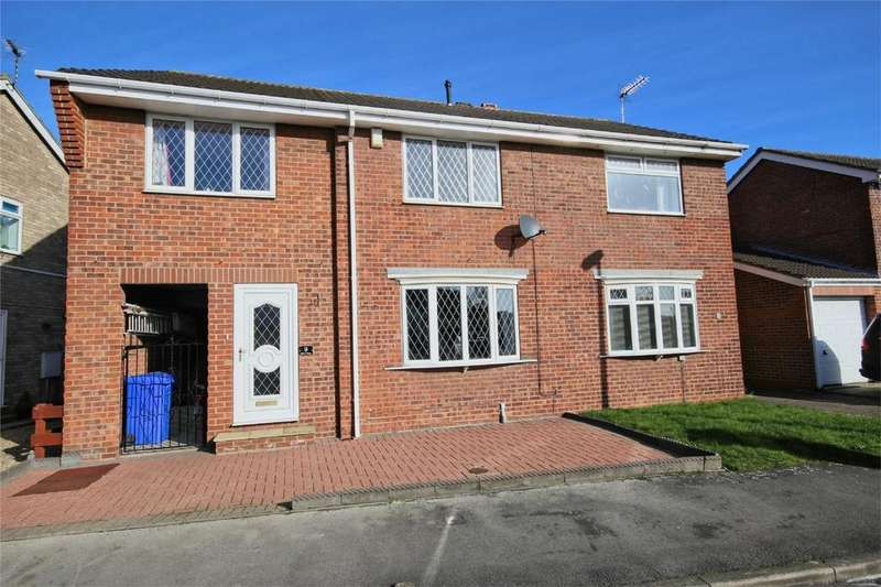 3 Bedrooms Semi Detached House for sale in Birch Close, Hull, East Riding of Yorkshire