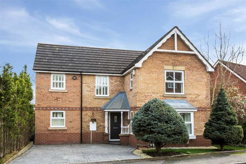 4 Bedrooms Detached House for sale in Highclove Lane, Worsley, Manchester, M28 1UE