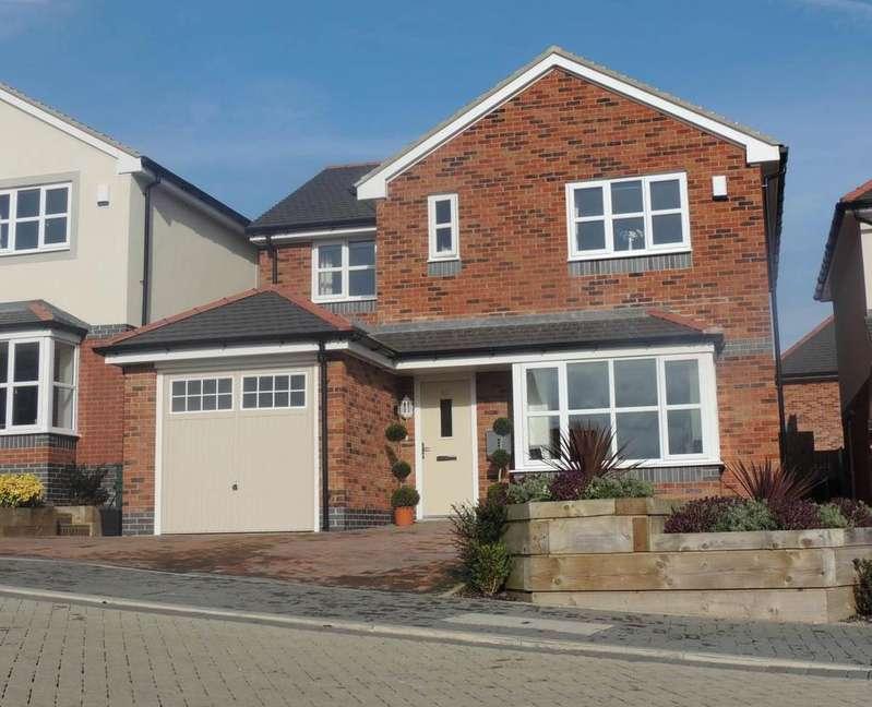 4 Bedrooms Detached House for sale in Lon Gwaenfynydd, Llandudno Junction, LL31 9FG