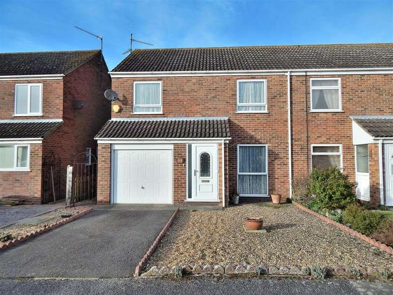 3 Bedrooms Semi Detached House for sale in The Burnhams, Terrington St. Clement, King's Lynn