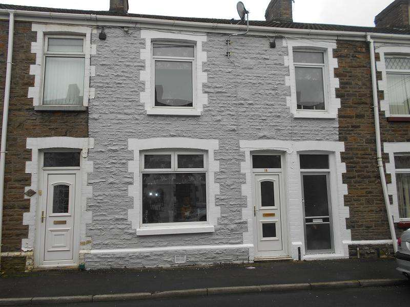 4 Bedrooms End Of Terrace House for sale in Eva Street, Neath, Neath Port Talbot.