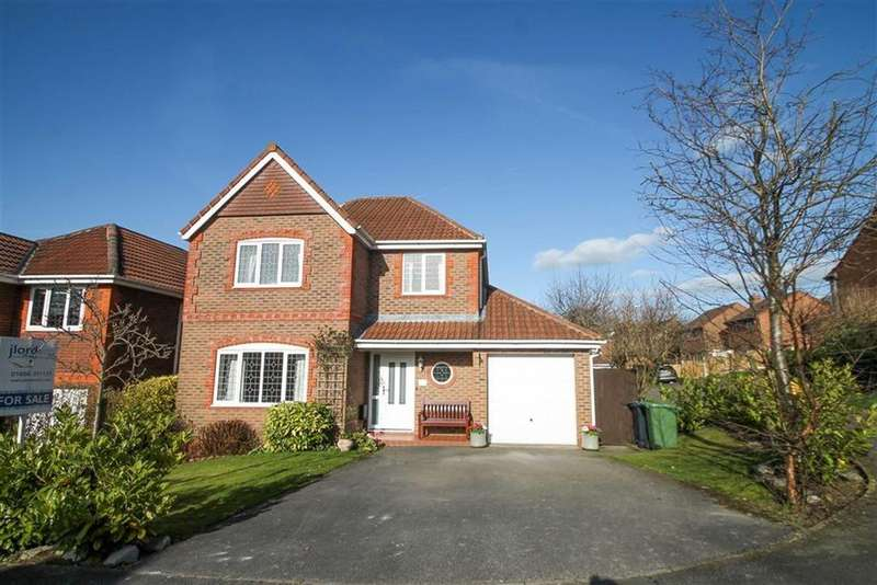 4 Bedrooms Detached House for sale in Sproston Way, Kingsmead