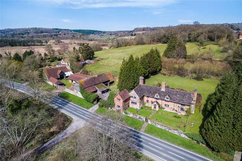 5 Bedrooms Detached House for sale in Old Hatch Farm, Dorking Road, Abinger Hammer, Surrey
