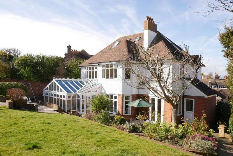 6 Bedrooms Detached House for sale in Le Brun Road, Eastbourne, BN21