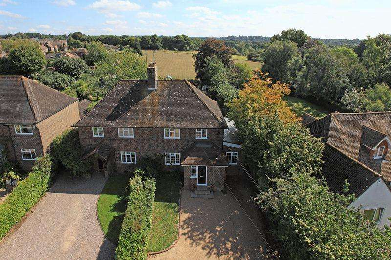 4 Bedrooms Cottage House for sale in Lewes Road, Horsted Keynes, West Sussex