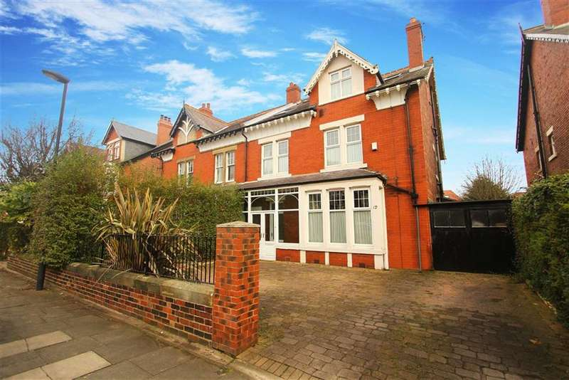 6 Bedrooms Property for sale in Holywell Avenue, Whitley Bay, Tyne And Wear