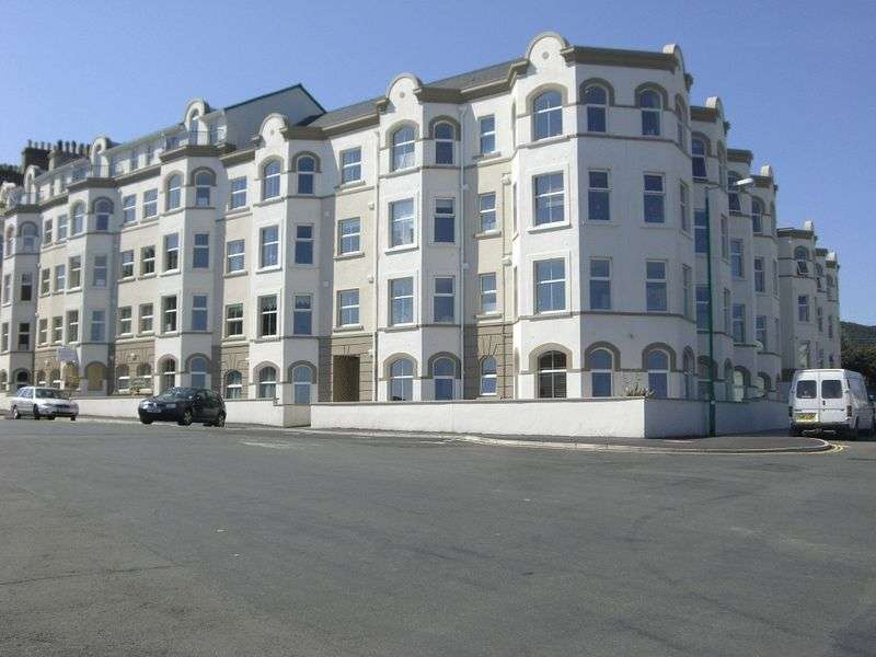 2 Bedrooms Flat for sale in Stanley Mount East, Ramsey