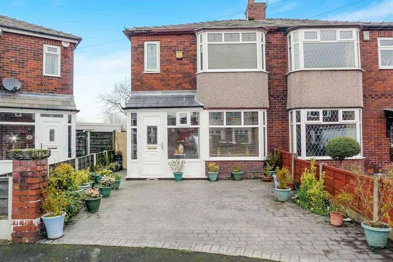 2 Bedrooms Semi Detached House for sale in Frinton Road, Over Hulton, Bolton