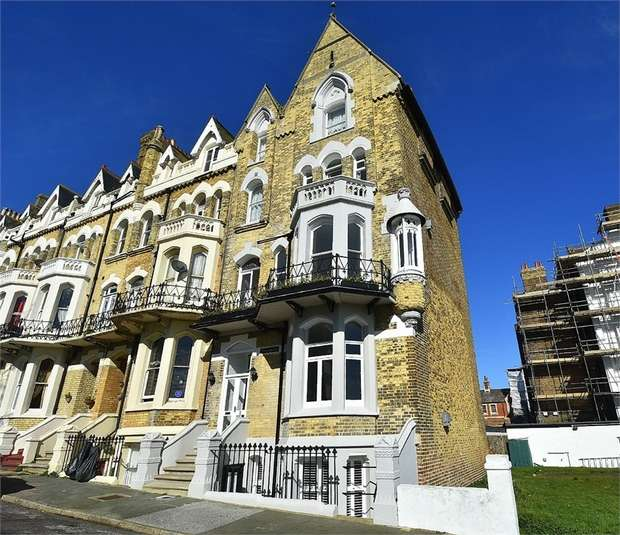 5 Bedrooms Maisonette Flat for sale in 3 Albert Road, Ramsgate, Kent