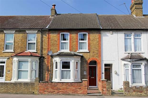4 Bedrooms Terraced House for sale in Park Road, Sittingbourne, Kent