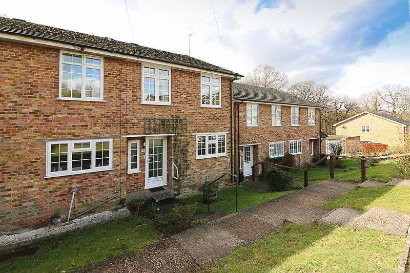 3 Bedrooms Terraced House for sale in Parkwood Close, Tunbridge Wells