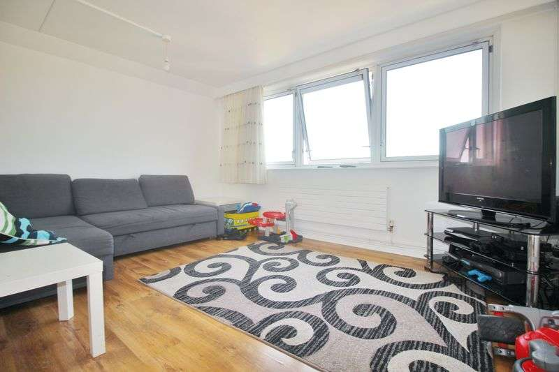 1 Bedroom Flat for sale in Griffin Road, London