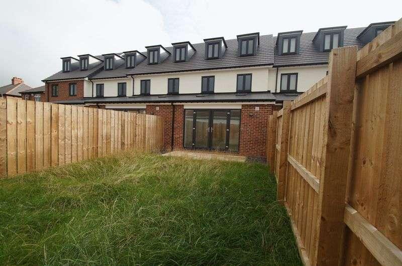 4 Bedrooms Terraced House for sale in Hallgarth Street, Sherburn Village