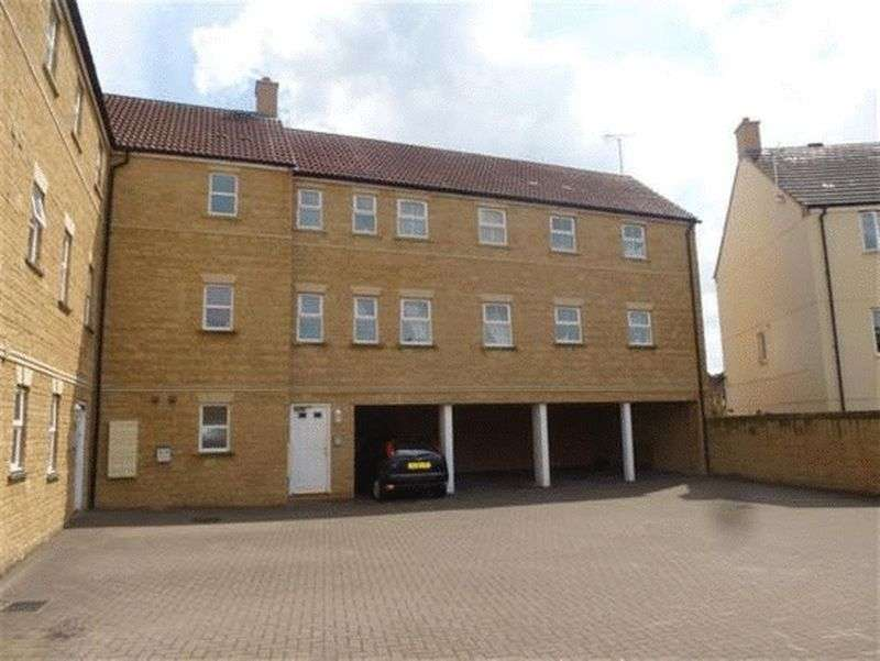 2 Bedrooms Flat for sale in Grouse Road, Calne
