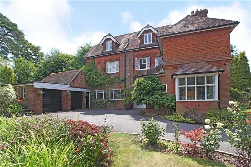 5 Bedrooms Flat for sale in Grayswood Road, Haslemere, Surrey, GU27