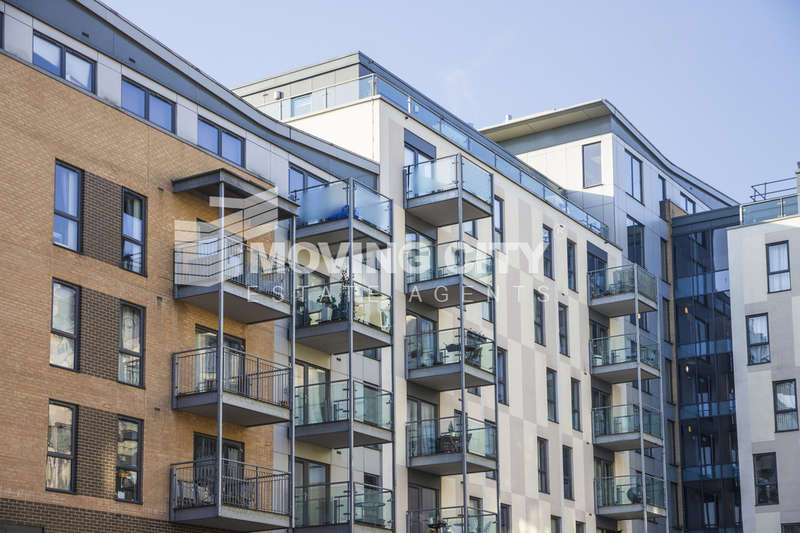 2 Bedrooms Flat for sale in St Lukes Square, 2 Turner Street, Canning Town