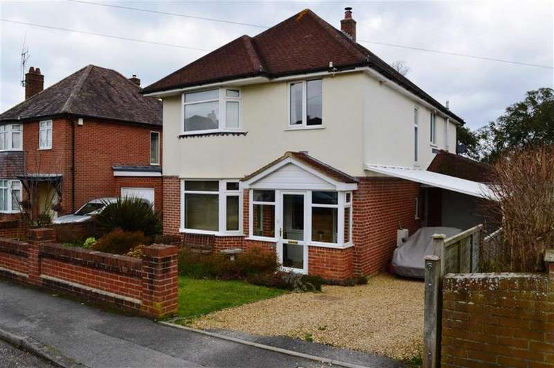 4 Bedrooms Detached House for sale in Whitehouse Road, Wimborne, Dorset