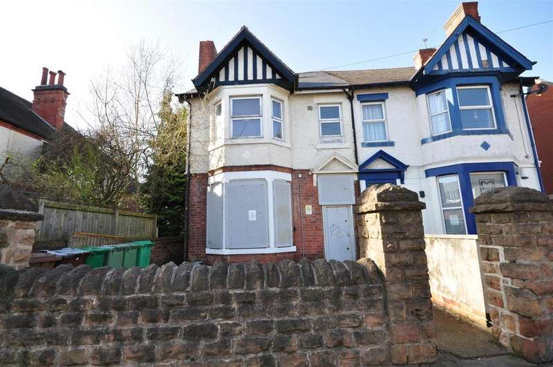 5 Bedrooms Semi Detached House for sale in Woodborough Road, Nottingham