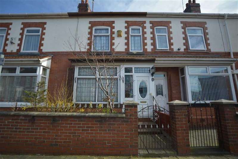 2 Bedrooms Terraced House for sale in Haddon Street, STRETFORD