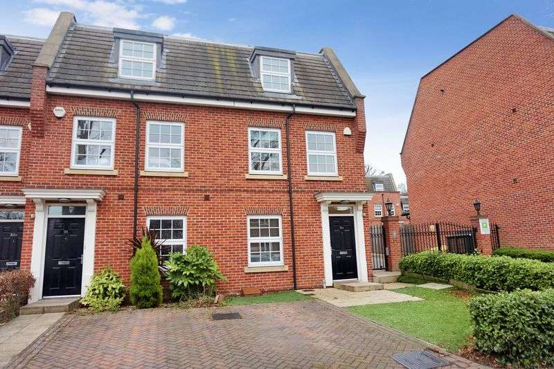 4 Bedrooms Terraced House for sale in South Sutton