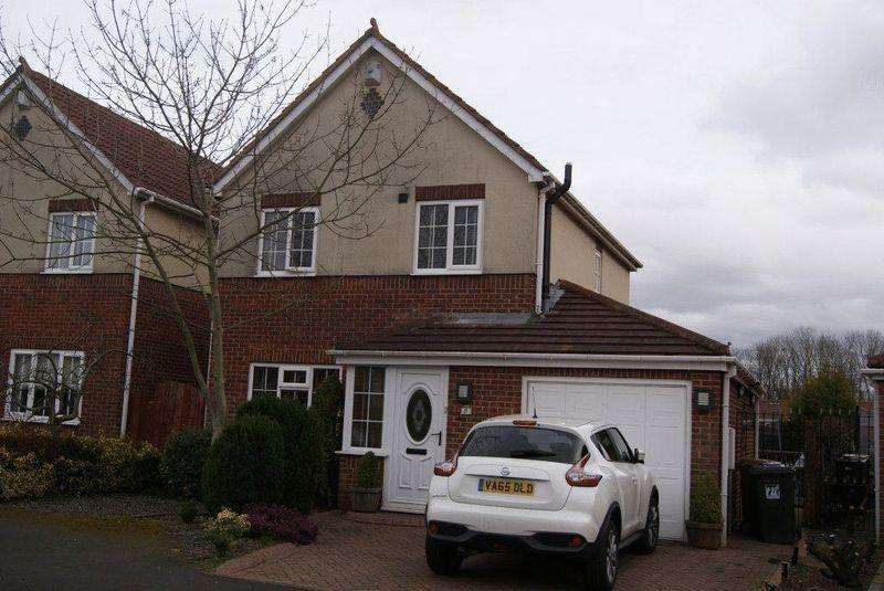 3 Bedrooms Detached House for sale in Thirlmere Close, Killingworth, Newcastle Upon Tyne