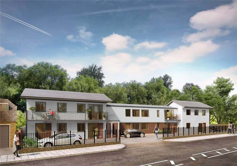 2 Bedrooms Flat for sale in Oxford Road, Gerrards Cross, Buckinghamshire, SL9