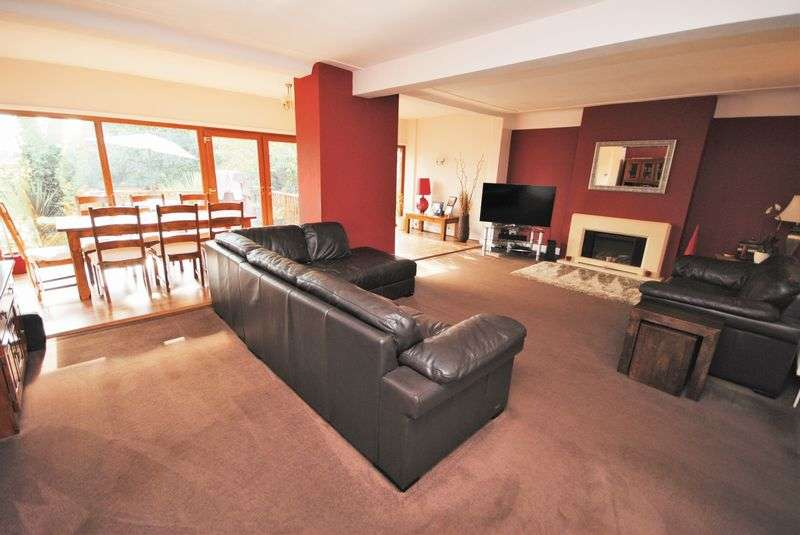 4 Bedrooms Detached House for sale in Claremount Road, Wallasey