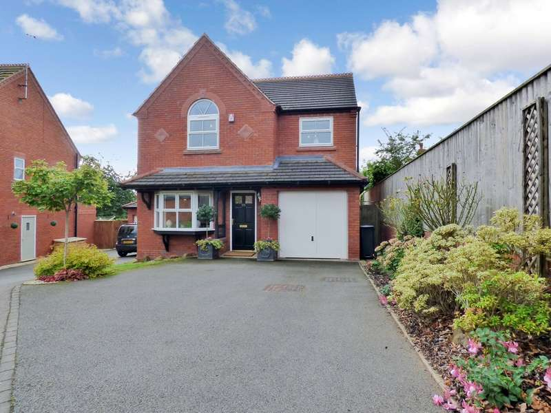 4 Bedrooms Detached House for sale in Charingworth Drive, Hatton Park