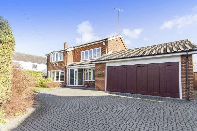 4 Bedrooms Detached House for sale in DOLES LANE, FINDERN